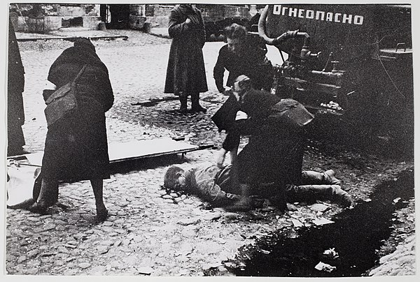 RIAN archive 888 Nurses helping people wounded in the first bombardment in Leningrad