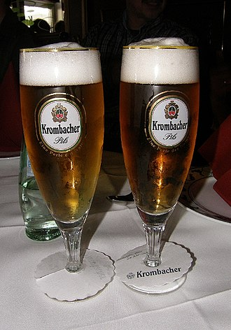 Shandy - Comparison of a Radler (left) and a Pilsner (right)