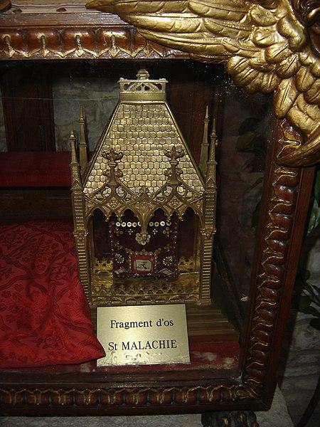 Fragment d'os de Saint Malachie - église de Ville-sous-la-Ferté (Clairvaux) - Aube - France