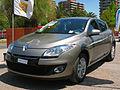 Renault Megane 2.0 Dynamique 2014 (14393040044).jpg