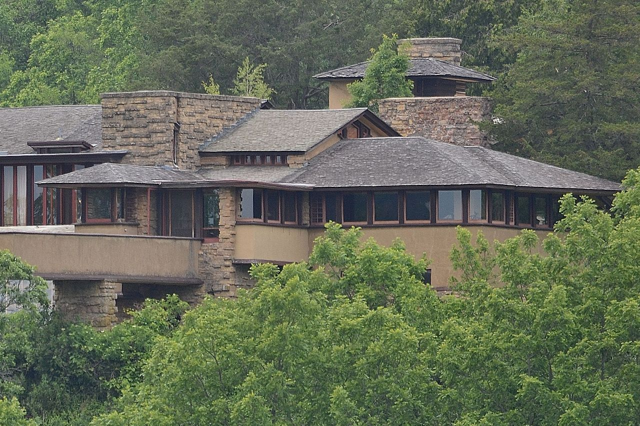 File:Residence; Talies...
