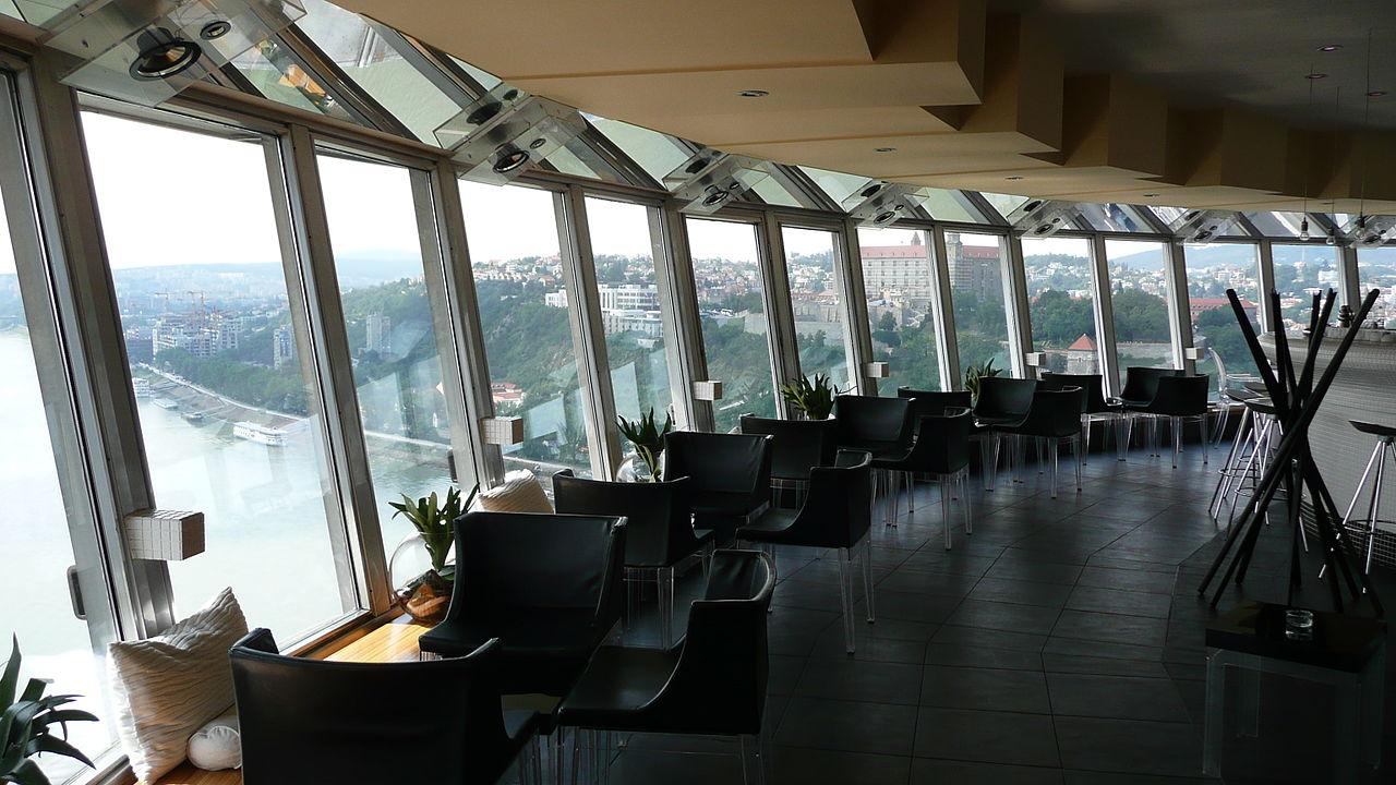 File:Restaurace, Nový most, Bratislava.JPG - Wikimedia Commons