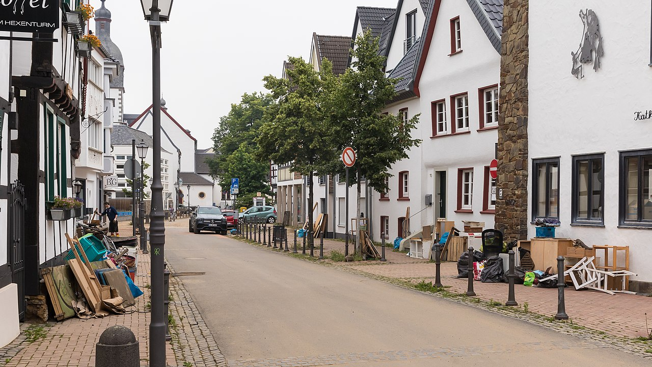 Rheinbach, Aufräumen nach dem Hochwasser Juli 2021-2558.jpg