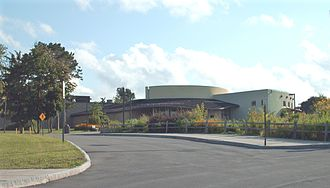 Rosamond Gifford Zoo - Main building and entrance to the zoo