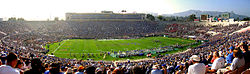 Rose Bowl, panorama.jpg
