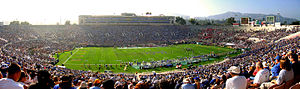 Rose Bowl (stadium) - Rose Bowl, panorama during UCLA-Arizona football game