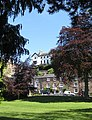 Royal Hotel from the Wye Valley Walk - geograph.org.uk - 1299377.jpg