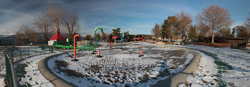 File:Russdionnedotcom-Kelowna City Park water park in snow Panorama1.jpg