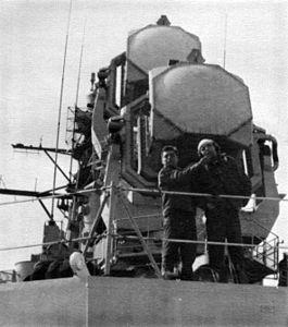 SPQ-5 radars on USS Farragut (DLG-6) c1962.jpg