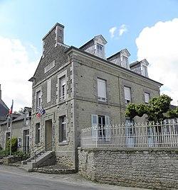 Saint-Juvat (22) Mairie-École.JPG