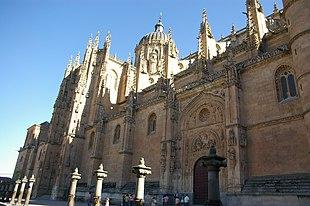310px-Salamanca_-_Catedral_nueva_%28vist