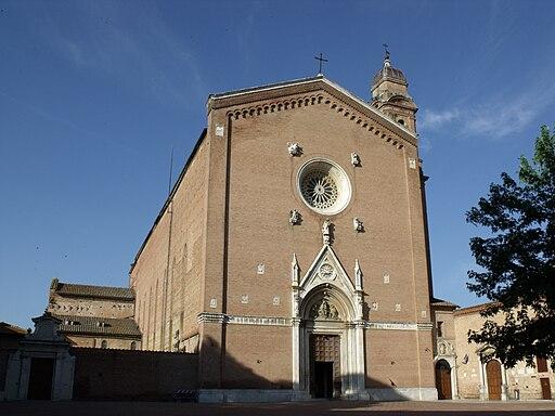 Facciata della basilica di San Francesco, Siena