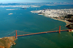 English: Aerial view of the Golden Gate and th...