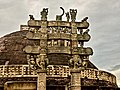 Sanchi stupa 003.jpg