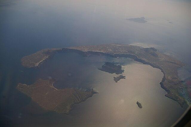 Najväčší sopečný výbuch v dejinách ľudstva bol na ostrove Thera (Grécko)