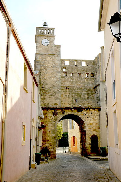 Sauvian (Hérault) - porte de l'horloge (vue interne)