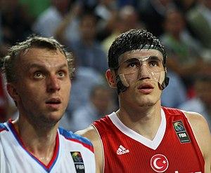 Ersan İlyasova - İlyasova (right) with Turkey in September 2010