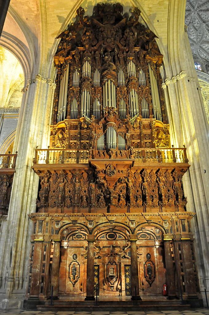file sevilla kathedrale orgel wikimedia commons. Black Bedroom Furniture Sets. Home Design Ideas