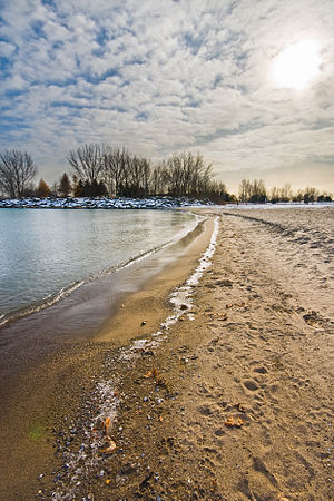 Woodbine Avenue - Image: Shore at Woodbine Beach
