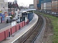 Silvertown railway station in 2006.jpg