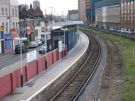 Silvertown railway station in 2006.jpg