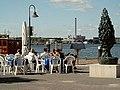 Skulptur bei der Hafenspitze Flensburg (223342470).jpg