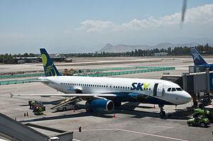 Sky Airline - A Sky Airline Airbus A320 at Comodoro Arturo Merino Benítez International Airport (2010).