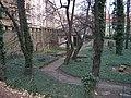 Smíchov, Malostranský hřbitov, z Duškovy, pod Erbenovou.jpg