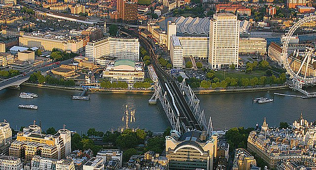 An aerial view of the Southbank Centre from the north side of the Thames.