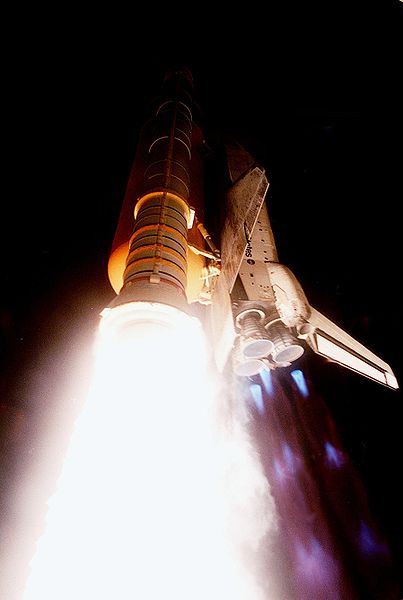 File:Space Shuttle Atlantis launches on STS-101.jpg