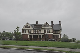 Ames Hill/Crescent Hill District - Image: Springfield MA Maple Street Mansion 3