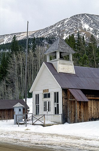 St. Elmo, Colorado - Image: St. Elmo ghost town the town hall and jail