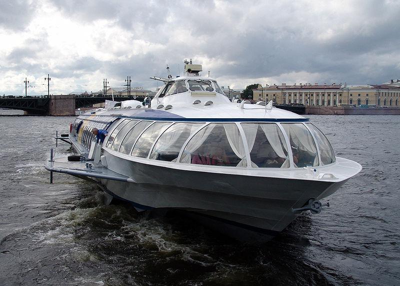 St. Petersburg Russia Hydrofoil boat.jpg