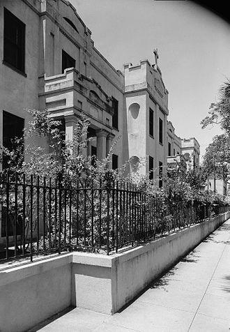 St. Vincent's Academy - Image: St. Vincent's Academy, 207 East Liberty Street, Savannah, Chatham County, GA