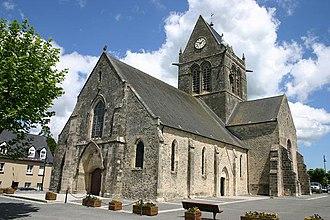 Sainte-Mère-Église - Image: St Mere Eglise Church