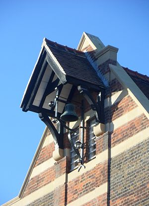 Bell-cot - Image: Stanford Road School (former Board School), Prestonville, Brighton (December 2013) (Bell cot)