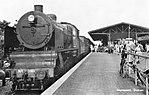 Station Nunspeet met loc 3911; circa 1930.jpg