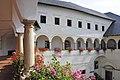 Strassburg Bischofsburg Innenhof Arkaden erster Stock 05092012 599.jpg