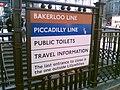 Subway signage (104288460).jpg