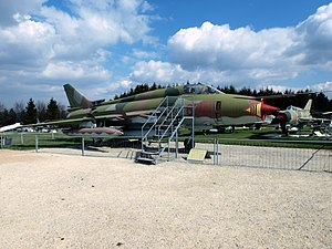 Sukhoi Su-22M-4 'Fitter-K' - 678 - East-German Air Force pic1.JPG
