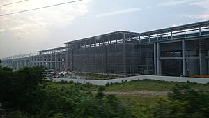 THSR Miaoli Station under construction 20140516.jpg