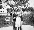 Tableau, women, kid, bathing suit Fortepan 8698.jpg
