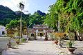 Tam quan chùa Hải Sơn.jpg