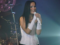 Tarja Turunen at Obras Stadium 2008 04.jpg
