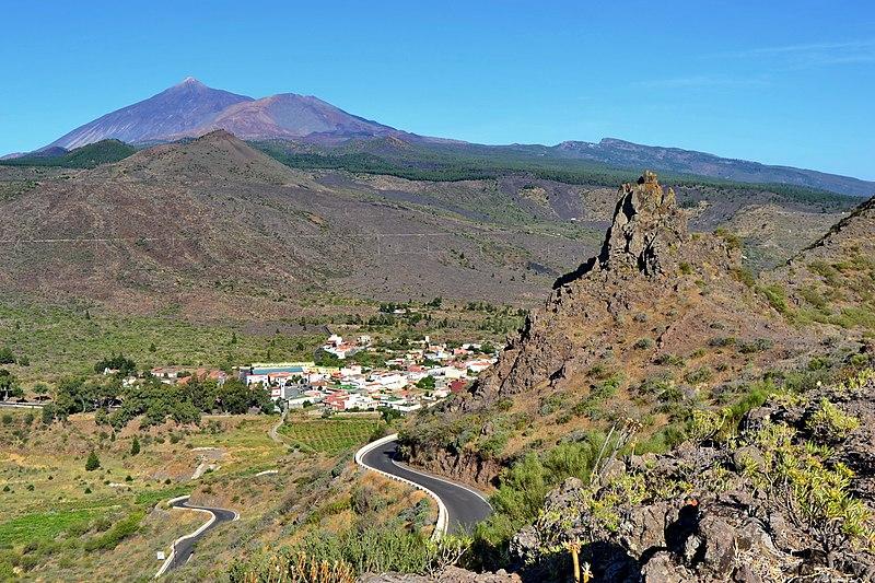 File:Teide & Santiago del Teide.jpg