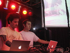 Telefon Tel Aviv - Joshua Eustis (left) and Charles Cooper (right) at Decibel Festival (September 2006)