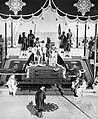The Nizam of Hyderabad pays homage to the king and queen at the Delhi Durbar.jpg