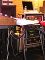 Thomas Dolby's on-stage Mac rig, Birchmere, 2006-05-08.jpg