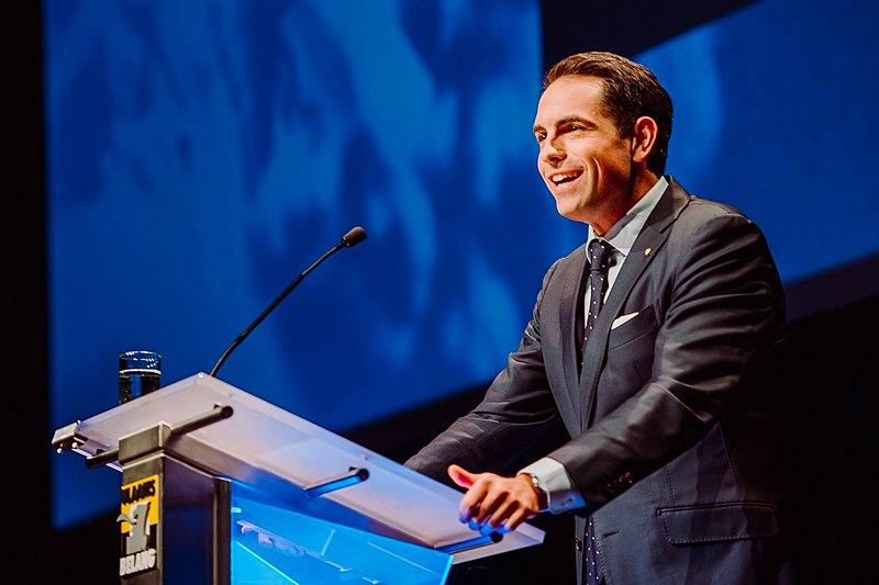File:Tom Van Grieken voorzitterscongres 2019.jpg
