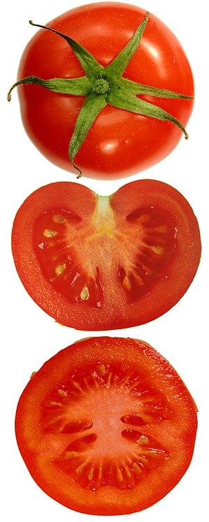 Uppskuren tomat